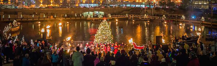 Christmas WaterFire - Photo by Jennifer Bedford