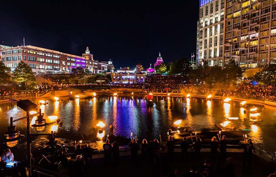 Lighting Ceremony at the Gloria Gemma's Flames of Hope WaterFire. Photograph by Matthew Huang.